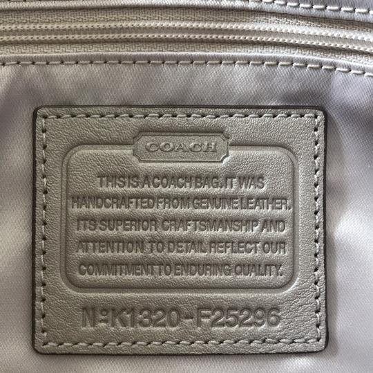 Coach Satchel in champagne Image 6