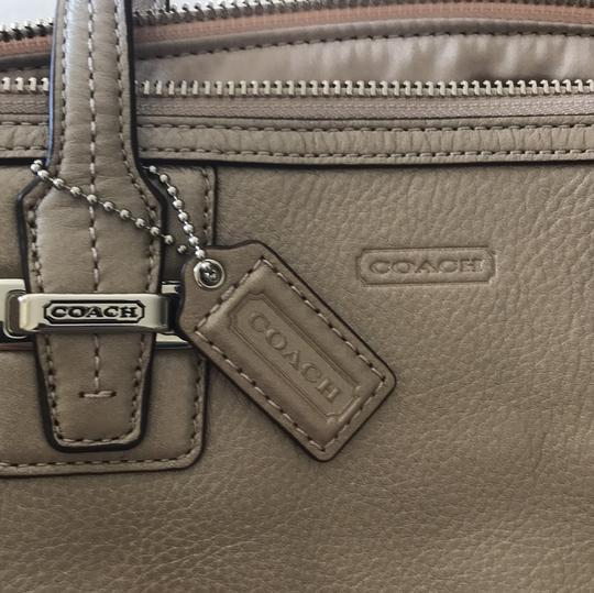 Coach Satchel in champagne Image 7