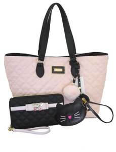 Betsey Johnson Quilted Heart Coin Purse Travel Wallet Tote in BLUSH