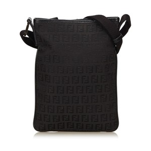 Fendi 7kfnsh010 Shoulder Bag