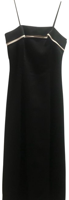 Item - Black with White Trim Evening Long Formal Dress Size 6 (S)