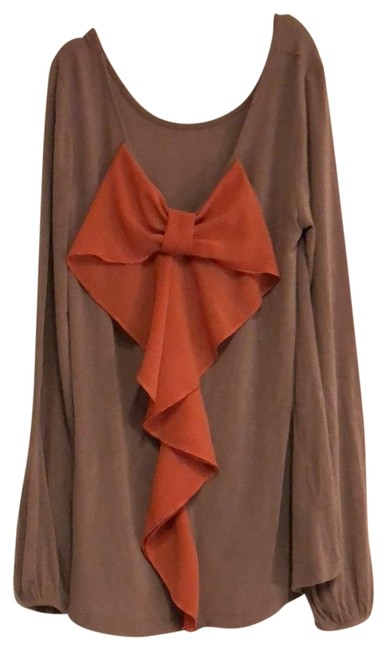 Item - Brown with Coral Bow Tunic Size 8 (M)