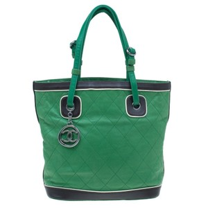Chanel Country Club Leather Tote in green