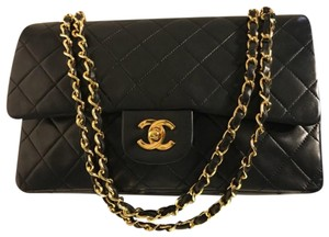 d01e2b21ef18 Chanel 2.55 Classic Flap Bags on Sale - Up to 70% off at Tradesy ...