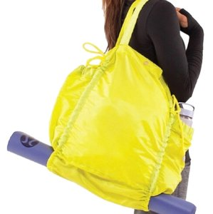 Lululemon Tote in chartreuse
