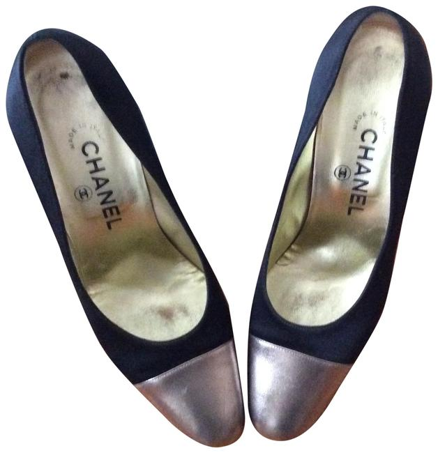 Chanel Black and Gold Two-tone Pumps Size US 7.5 Regular (M, B) Chanel Black and Gold Two-tone Pumps Size US 7.5 Regular (M, B) Image 1