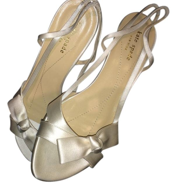 Item - Cream Satin with Satin Heels and Bow At Toes. Sandals Size US 9.5 Regular (M, B)