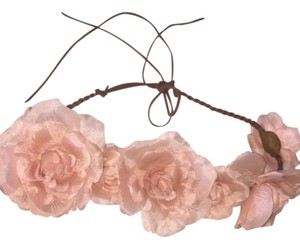 Urban Outfitters Urban outfitters flower bed headband