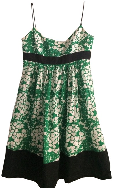 Item - Green & White Floral Mid-length Cocktail Dress Size 8 (M)