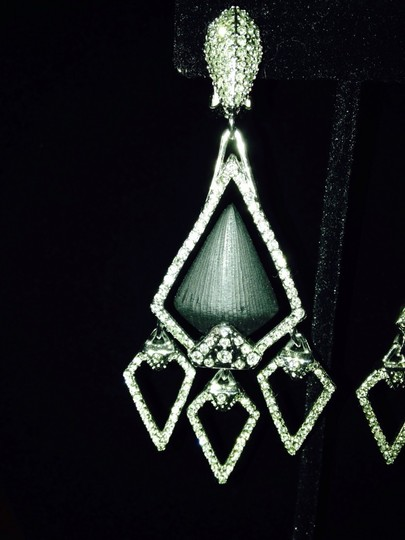 Alexis Bittar NWOT Pave' Crystals & Black Lucite Chandelier Clip Earrings