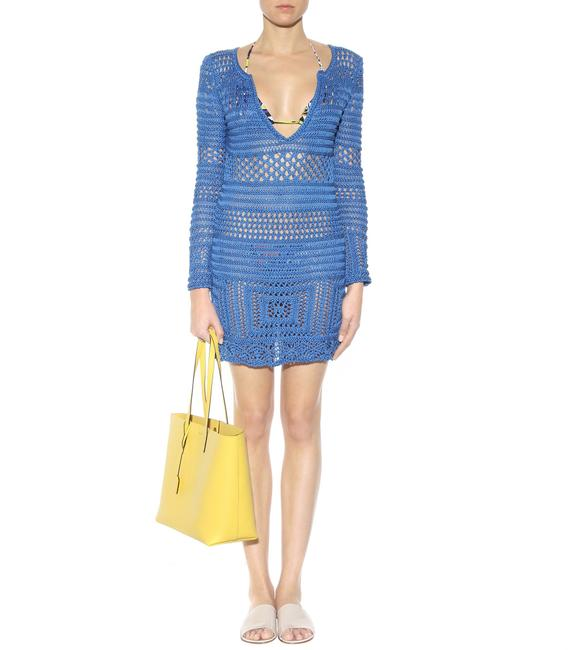 Preload https://img-static.tradesy.com/item/22929859/emilio-pucci-blue-crochet-knit-cover-up-knit-short-casual-dress-size-2-xs-0-0-650-650.jpg