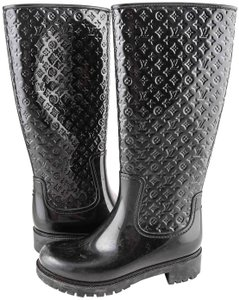 aeb1bf137a14 Louis Vuitton Rain Boots - Up to 70% off at Tradesy