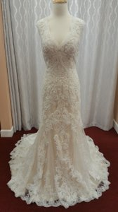 Sottero and Midgley Ivory Over Light Gold Beaded Lace Lidia In Excellent Condition Feminine Wedding Dress Size 14 (L)