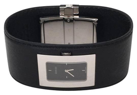 Preload https://item4.tradesy.com/images/gucci-leather-cuff-watch-2293053-0-3.jpg?width=440&height=440