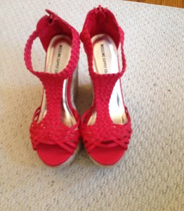 Mossimo Supply Co. Summer Summer Summer Red/Coral/Hot Pink Wedges