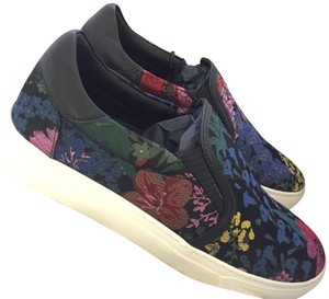 ERDEM x H&M Limited Edition Flats