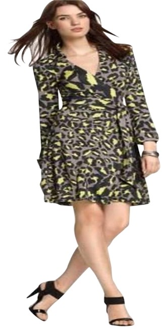 Item - Grey Black Neon Green Jersey Dvf Jeanne Silk Wrap Snow Leopard Print Mid-length Casual Maxi Dress Size 2 (XS)