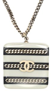 Chanel CC resin chains inlay stripe silver necklace