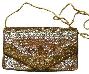 PurseN Evening After Five Party Formal Special Occasion Gold Clutch
