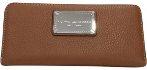 Marc Jacobs Classic Standard Continental Leather Wallet