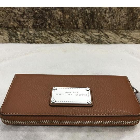 Marc Jacobs Classic Standard Continental Leather Wallet Image 2