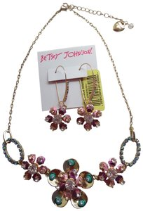 Betsey Johnson Betsey Johnson New Rhinestone Flower Necklace and Earrings