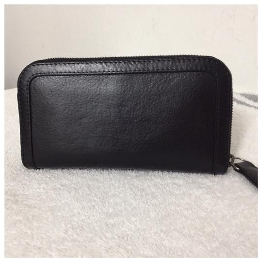 Burberry Authentic Burberry Black Leather Classic Long Zipper Wallet Image 1