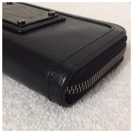 Burberry Authentic Burberry Black Leather Classic Long Zipper Wallet Image 2