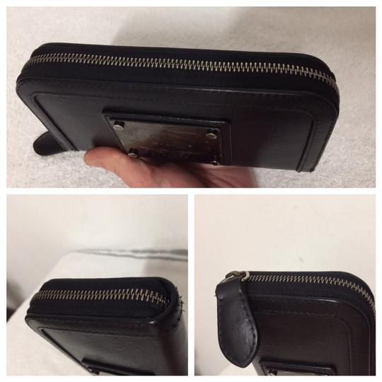 Burberry Authentic Burberry Black Leather Classic Long Zipper Wallet Image 6