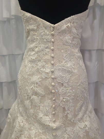 Allure Bridals Ivory/Gold Lace 9314 Traditional Wedding Dress Size 18 (XL, Plus 0x) Image 2