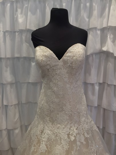Allure Bridals Ivory/Gold Lace 9314 Traditional Wedding Dress Size 18 (XL, Plus 0x) Image 3