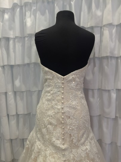 Allure Bridals Ivory/Gold Lace 9314 Traditional Wedding Dress Size 18 (XL, Plus 0x) Image 4