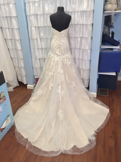 Allure Bridals Ivory/Gold Lace 9314 Traditional Wedding Dress Size 18 (XL, Plus 0x) Image 5