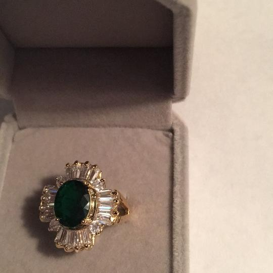 Queenesthershop Ladies Gold Plated Green Stone CZ Baguettes Image 3