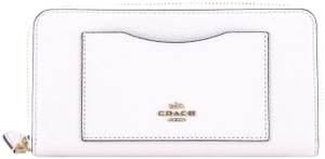 Coach Coach Accordion Zip Wallet In Crossgrain Leather IM/Chalk