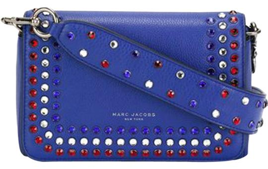 Preload https://img-static.tradesy.com/item/22935930/marc-jacobs-m0008354-blue-leather-cross-body-bag-0-1-540-540.jpg