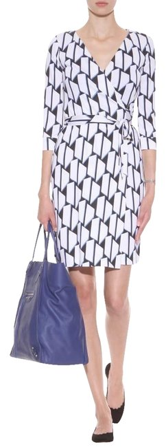 Item - Blue/White/Black Jersey Dvf New Julian Two Silk Wrap Hounds Check Print Mid-length Casual Maxi Dress Size 12 (L)