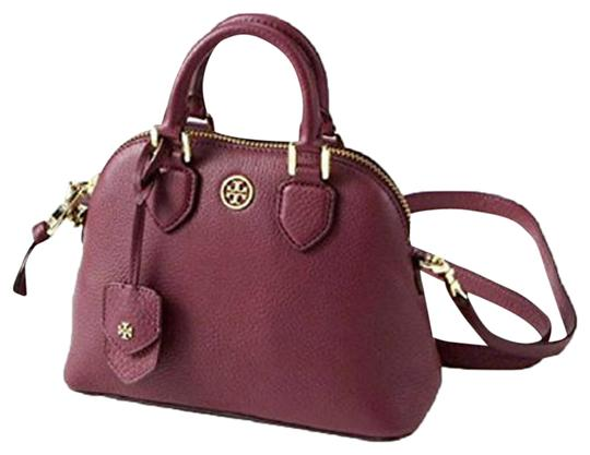 Preload https://img-static.tradesy.com/item/22936269/tory-burch-robinson-mini-dome-red-pebbled-leather-cross-body-bag-0-5-540-540.jpg