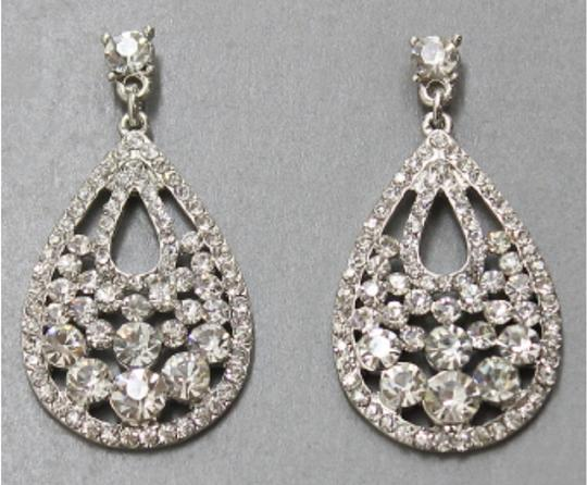 JEWELRYMAKEOVERPARTY Classic Pear-Shaped Rhinestone Earrings Image 2