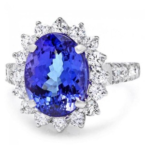 Other 5.60 Carats NATURAL TANZANITE and DIAMOND 14K Solid White Gold Ring