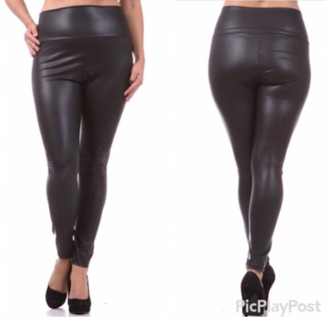 Fashion Chic Matte Black Leggings