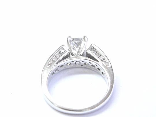 Robin Brothers Robin Brothers Princess & Round Cut Diamond White Gold Engagement Ring Image 3