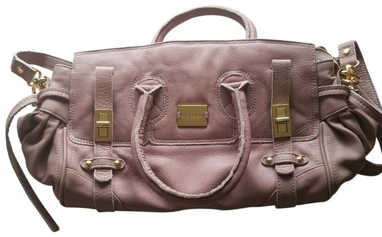 Preload https://img-static.tradesy.com/item/22938229/london-light-pink-leather-satchel-0-1-540-540.jpg
