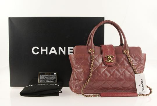 Chanel Satchel in Pink Image 11