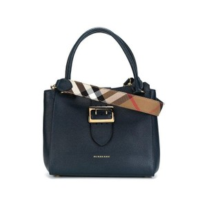 Burberry Buckle Navy Leather Medium Tote in Blue Carbon