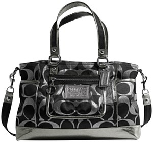 6433e787506 Coach Signature Purses   Bags - Up to 70% off at Tradesy