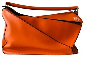 Loewe Satchel in orange