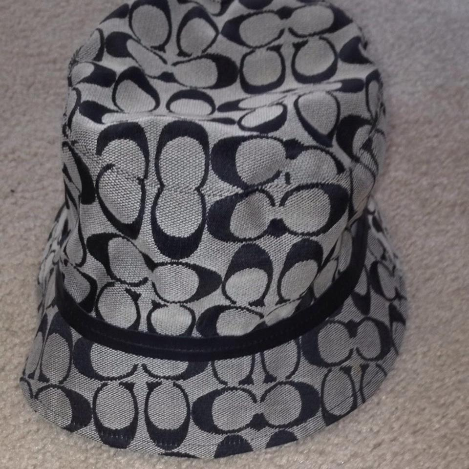 9805a3895 Coach Black and Grey Bucket Signature Hat 89% off retail
