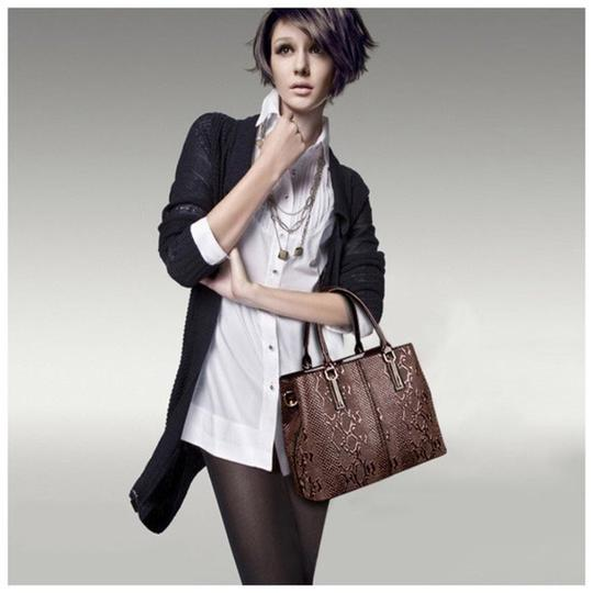 Other Crocodile Embossed Handbag Satchel in Brown Image 2