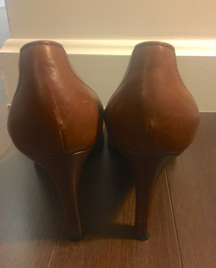 Gucci Leather Logo Silver Hardware Round Toe Brown Pumps Image 5